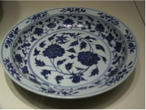 Figure 1 Blue and white porcelain from the Yuan Dynasty with a cobalt-dye, taken from http://commons.wikimedia.org/wiki/File:WLA_brooklynmuseum_Plate_1368-1644_porcelain_cobalt_blue.jpg